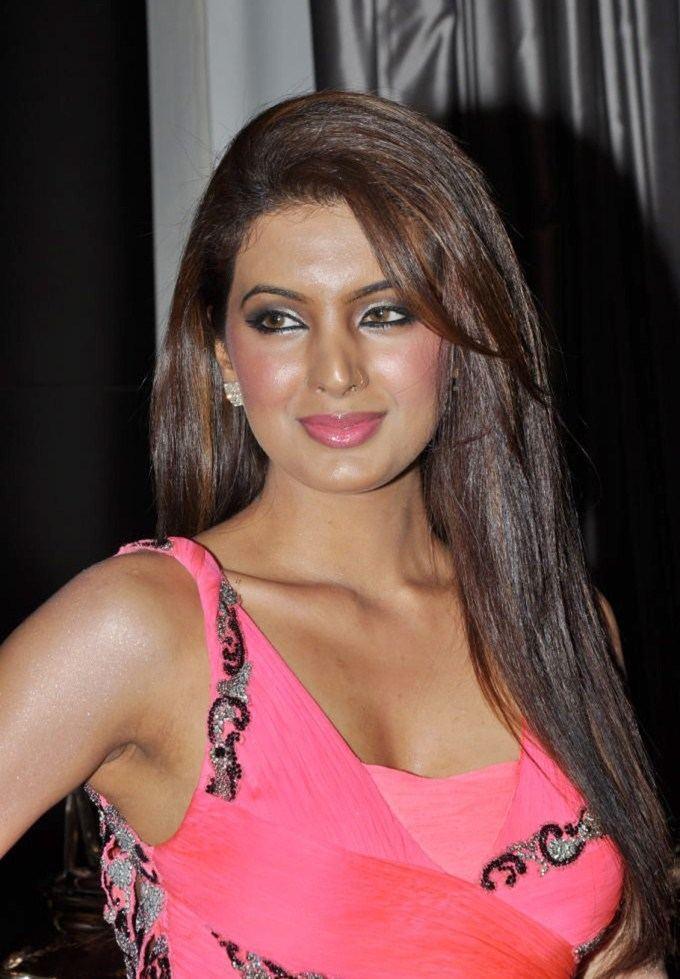 Geeta Basra Geeta Basra Photos Videos Blogs itimes
