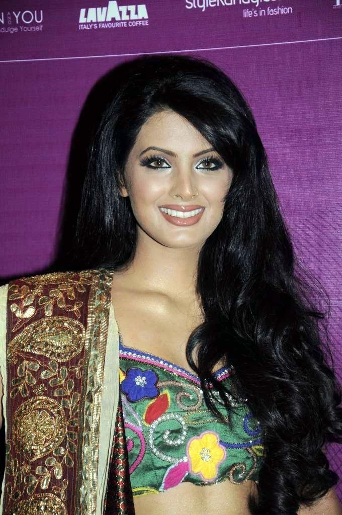 Geeta Basra httpsuploadwikimediaorgwikipediacommons11