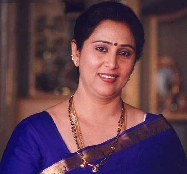 Geetha (actress) malayalam actress geetha hot photo South Indian Cinema
