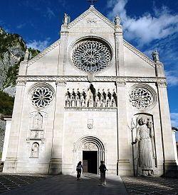 Gemona del Friuli httpsuploadwikimediaorgwikipediacommonsthu