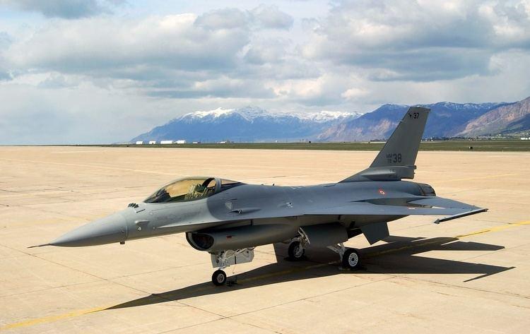 General Dynamics F 16 Fighting Falcon - Alchetron, the free
