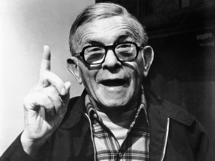George Burns George Burns Cigar Quotes QuotesGram