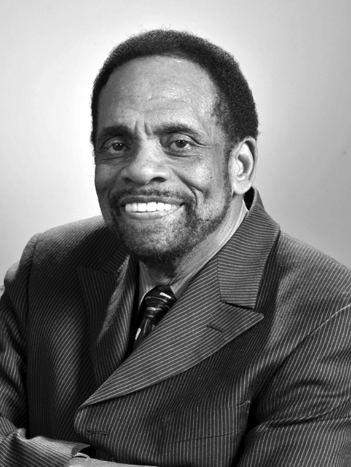 George Edward Alcorn, Jr. wwwcpnasorgaahpbiographiesprimarybiographyp