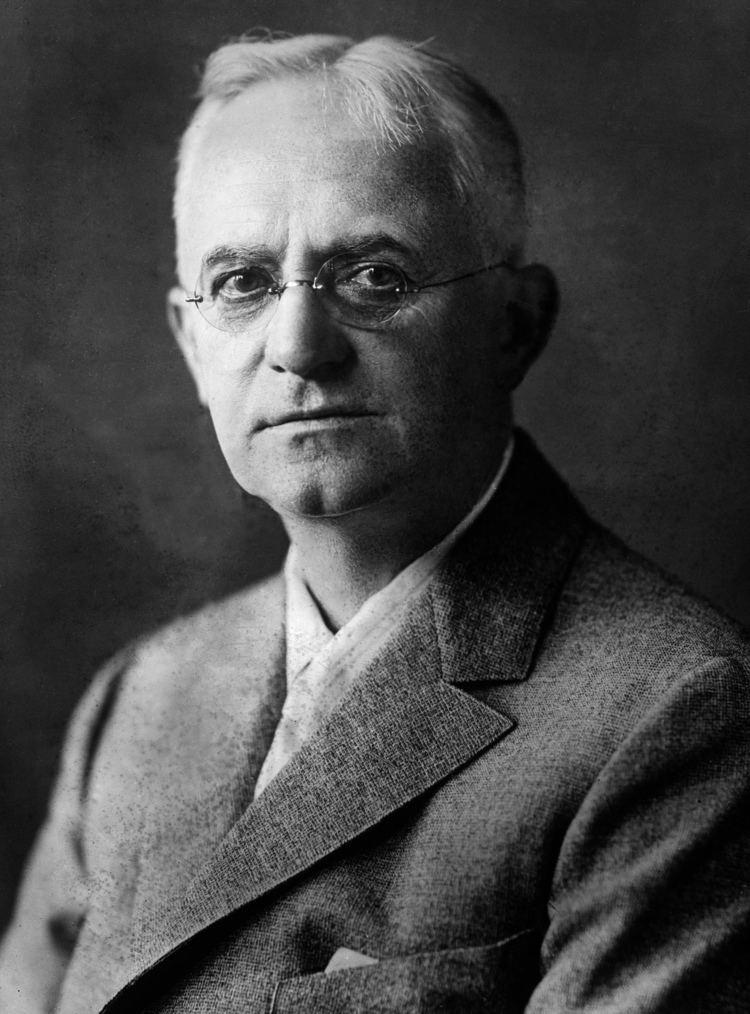 George Estman httpsuploadwikimediaorgwikipediacommonsee