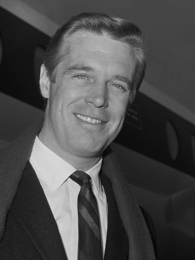 George Peppard httpsuploadwikimediaorgwikipediacommonsaa