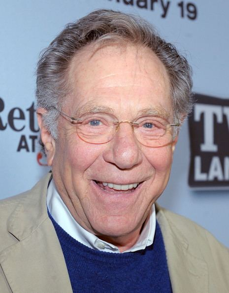 George Segal George Segal Photos Photos TV Lands Hot In Cleveland And