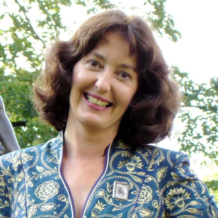 Geraldine McCaughrean Interviews Geraldine McCaughrean