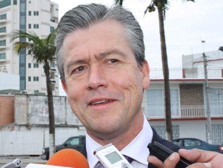 Gerardo Buganza Buscar Gerardo Buganza la gubernatura de Veracruz como