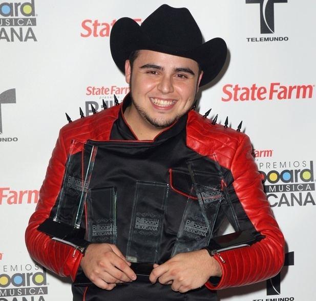 Gerardo Ortiz Gerardo Ortiz Sweeps Inaugural Billboard Mexican Music Awards