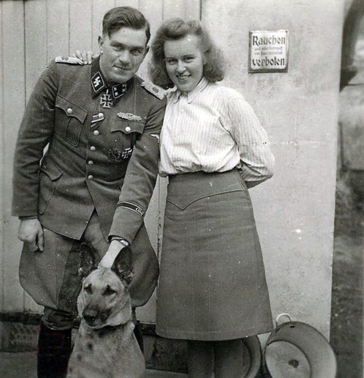 Gerhard Bremer SS Sturmbannfhrer Gerhard Bremer his wife Almut and good