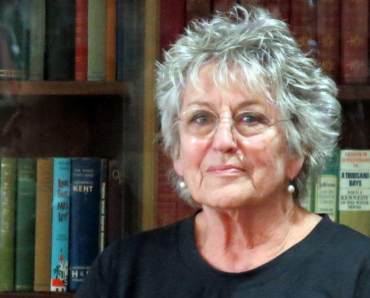 Germaine Greer httpsuploadwikimediaorgwikipediacommonsthu