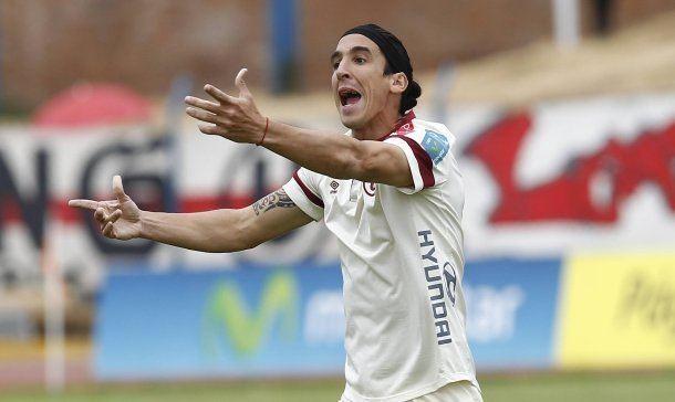 Germán Alemanno Resultado River Plate Universitario por la Copa Bandes 2015 01