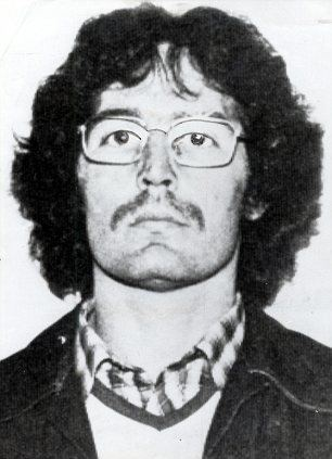 Gerry Kelly IRA Old Bailey bomber turned Sinn Fein politician accused of cashing