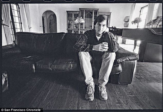 Get a Job (2015 film) movie scenes Steve Jobs at his home in Palo Alto in 1985
