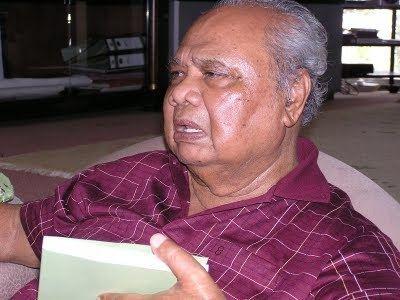 Ghafar Baba Peribadi Dr Mahathir Mohamad BIODATA ALLAHYARHAM TUN