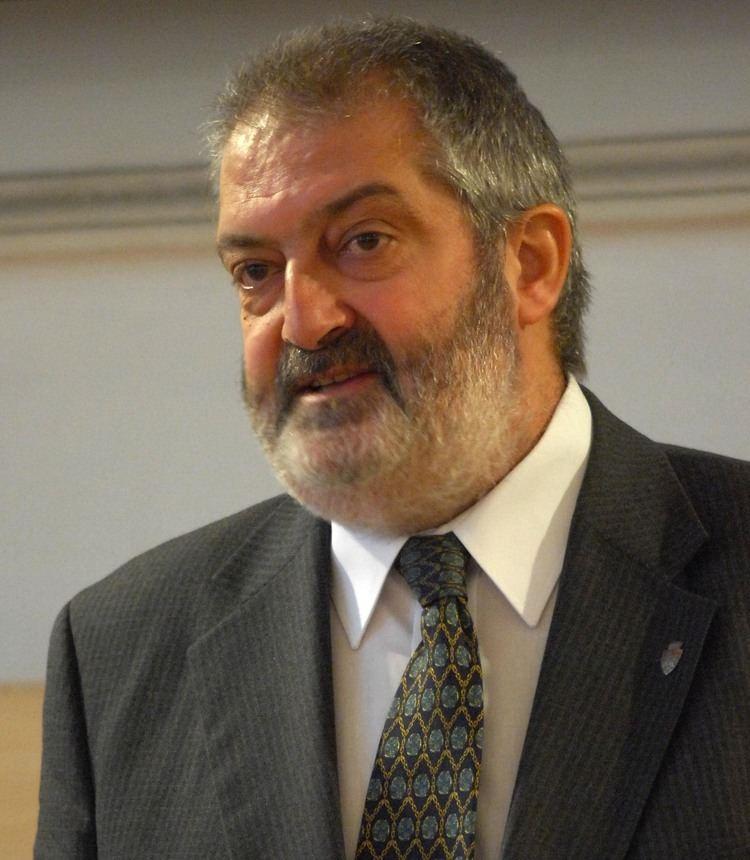 Gheorghe Ciuhandu Primarul Timisoarei a ramas fara masina Daewoo Matiz Vezi