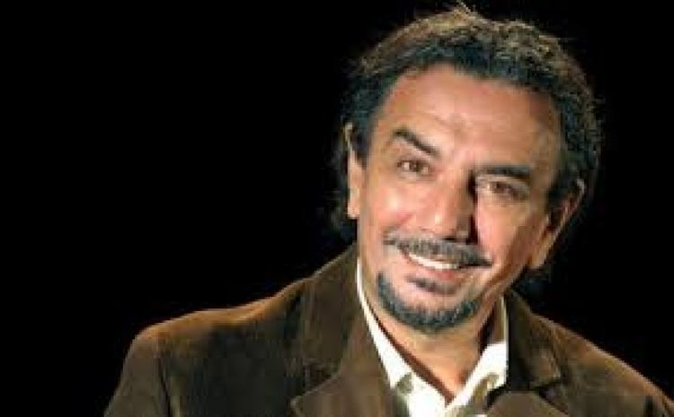Gigi Savoia Il Teatro Cilea omaggia Eduardo con Gigi Savoia video