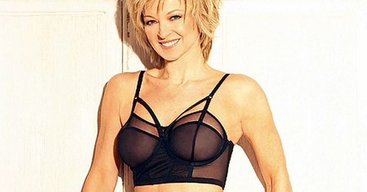 Gillian Taylforth Gillian Taylforth slim after love split picture Mirror
