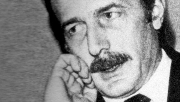 Giorgio Ambrosoli Qualunque cosa succeda Storia di Giorgio Ambrosoli La