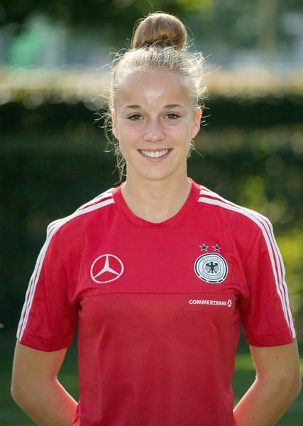 Giulia Gwinn Giulia Gwinn Photos Photos Germany U17 Girl39s Team Presentation