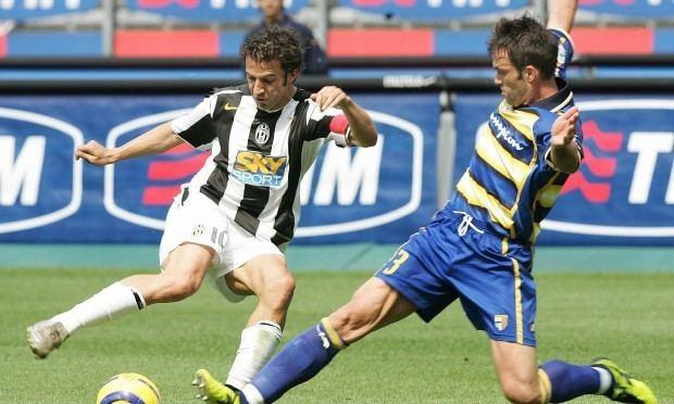 Giuseppe Cardone Ci sono calciatori che vivono con 1500 euro al mese
