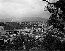 Glendale-Hyperion Bridge httpsuploadwikimediaorgwikipediacommonsthu