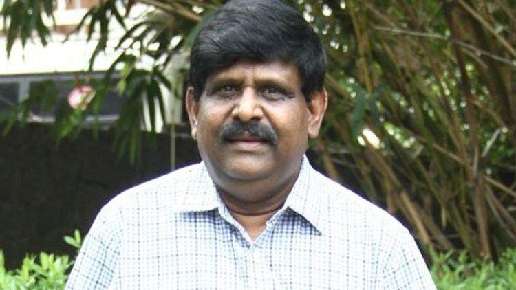 Tamil Film Maker Gnana Rajasekaran's Aainthu Unarvugal Movie Release - Associate Director S. Sampathkumar. ஞானராஜசேகரனின் ஐந்து உணர்வுகள்