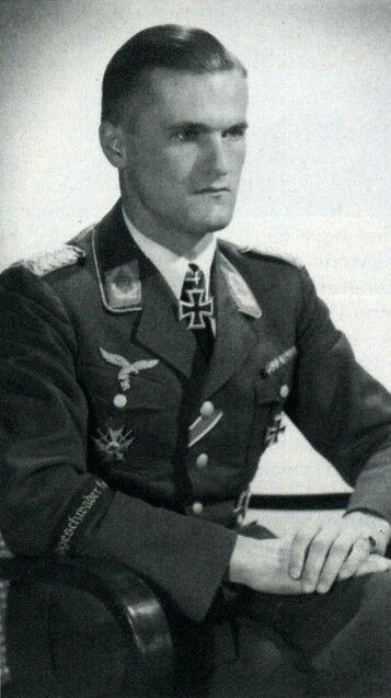 Günther Lützow Gnther quotFranzlquot Ltzow 4 September 1912 24 April 1945 posted