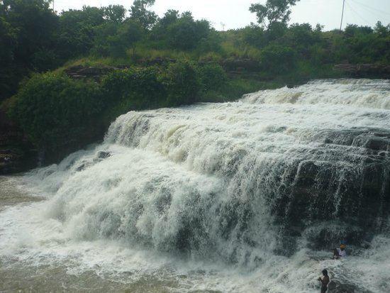 Godchinamalaki Falls httpsmediacdntripadvisorcommediaphotos06