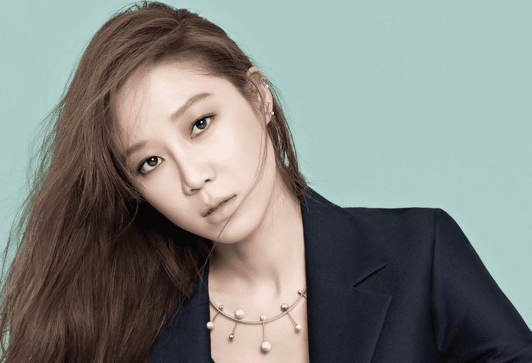 Gong Hyo-jin 1soompiiowpcontentuploads201511gonghyoji