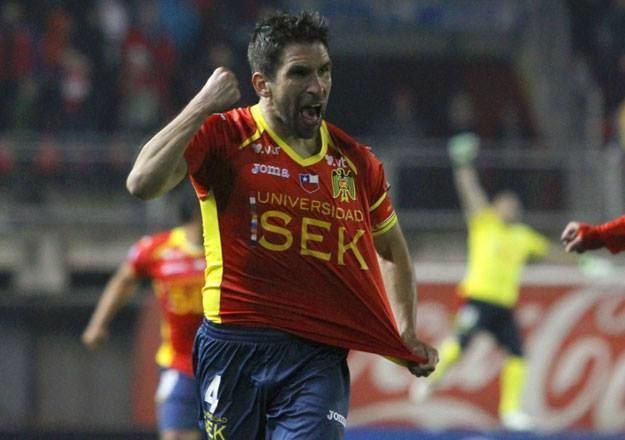 Gonzalo Villagra Unin Espaola no le teme a Colo Colo y busca alcanzar a