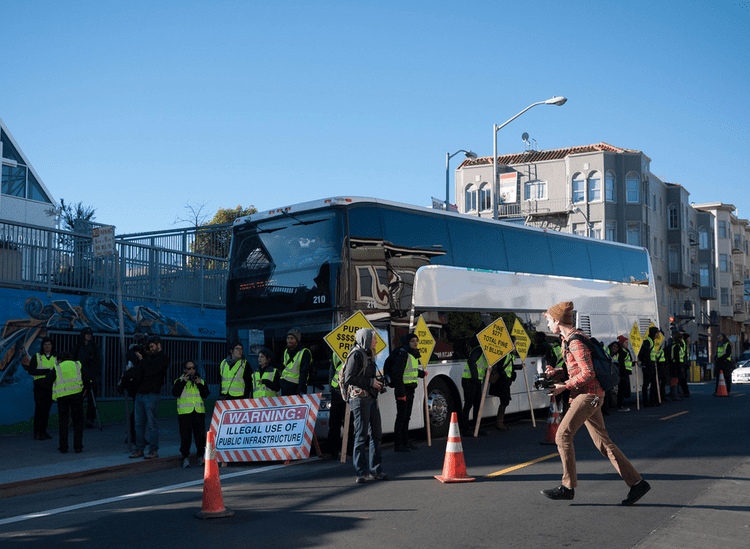 Google bus protests Google Bus Protests Demands Business Insider