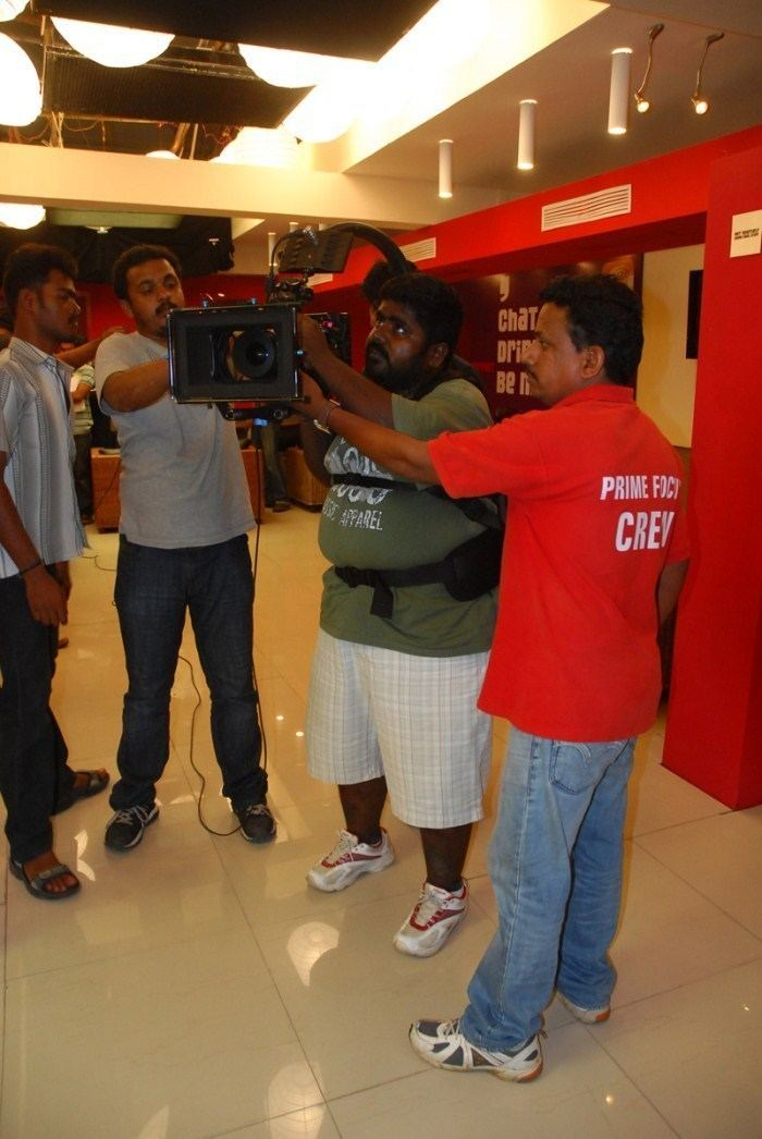 Gopi Amarnath Picture 269539 Cinematographer Gopi Amarnath at Maalai Pozhuthin