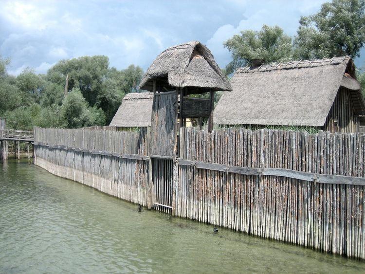 Gord (archaeology) httpsuploadwikimediaorgwikipediacommons77