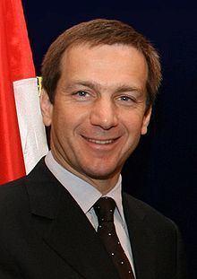 Gordon Bajnai httpsuploadwikimediaorgwikipediacommonsthu
