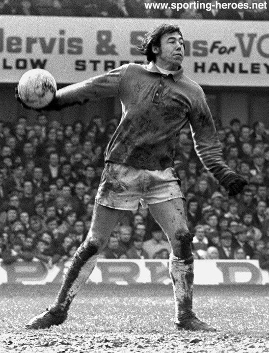 Gordon Banks Gordon BANKS League appearances for The Potters Stoke City FC