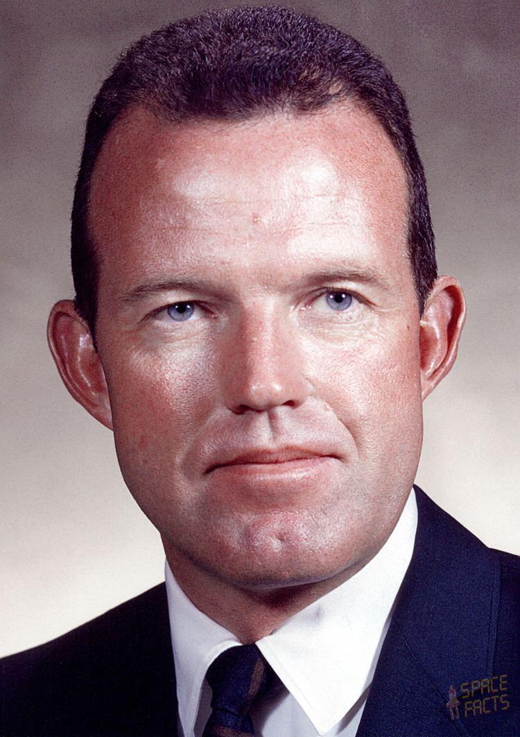 Gordon Cooper Astronaut Biography Gordon Cooper