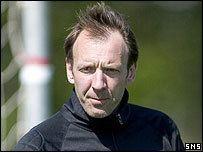 Gordon Marshall (footballer, born 1964) newsimgbbccoukmediaimages41001000jpg41001