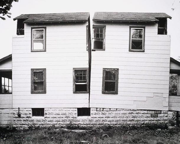 Gordon Matta-Clark Gordon MattaClark Splitting and the Unmade House The