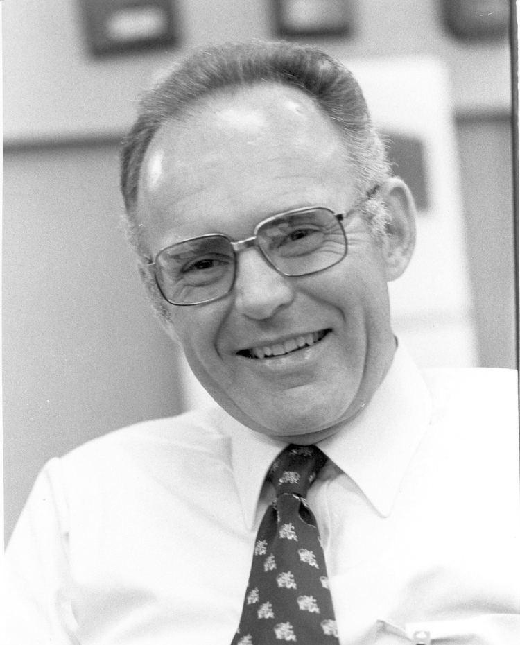 Gordon Moore PRESS KIT Moore39s Law 40th Anniversary