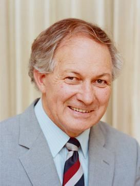 Gordon Reid (businessman) Gordon Reid governor Wikipedia