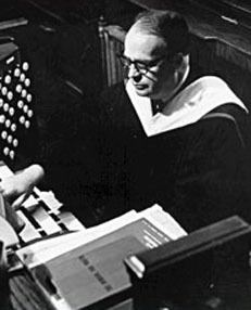 Gordon Young (composer) wwwtritonetenutocomimagesyoungjpg