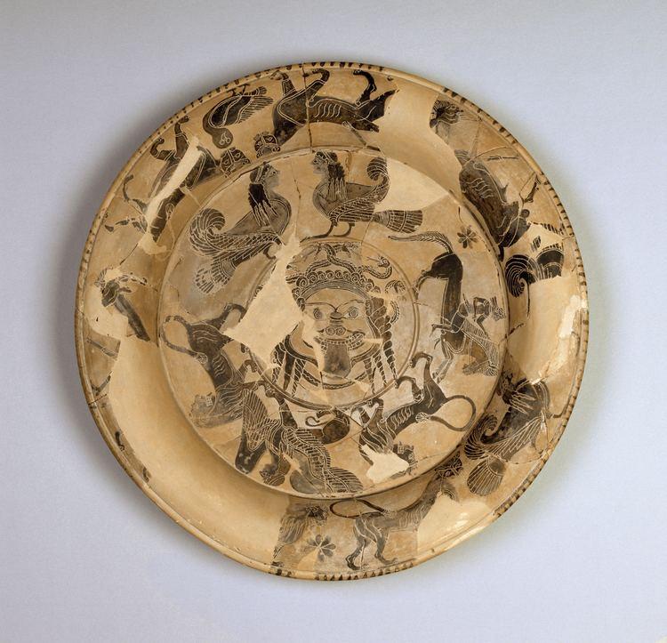 Gorgon Painter FileGorgon Painter Attic BlackFigure Plate with Gorgon39s Head