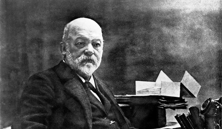 Gottlieb Daimler Gottlieb Daimler MercedesBenz
