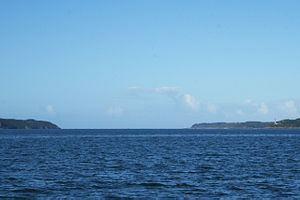 Goulet de Brest httpsuploadwikimediaorgwikipediacommonsthu