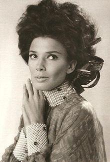 Graciela Borges httpsuploadwikimediaorgwikipediacommonsthu