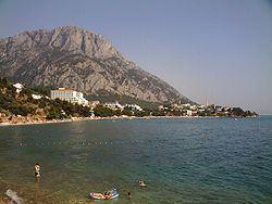 Gradac, Split-Dalmatia County httpsuploadwikimediaorgwikipediacommonsthu