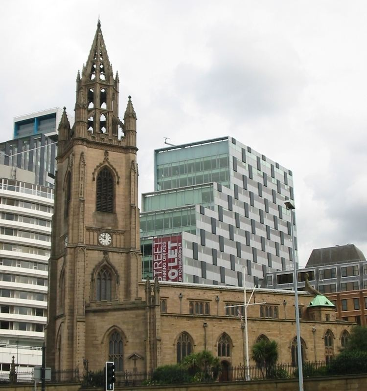 Grade II listed buildings in Liverpool-L2