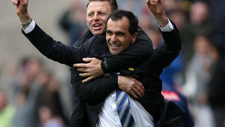 Graeme Jones Everton manager Roberto Martinez insists Graeme Jones is staying at