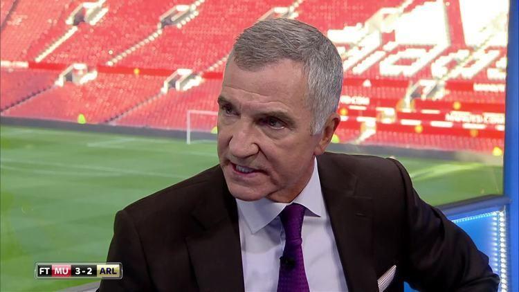 Graeme Souness Paul Merson Arsenal must axe Arsene Wenger if Leicester or